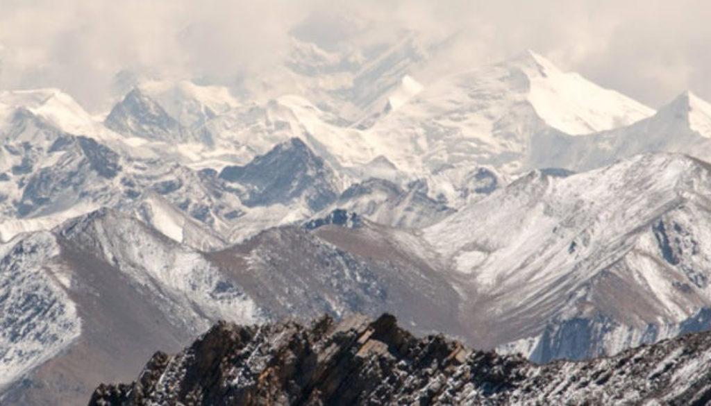 mountain-white-1170