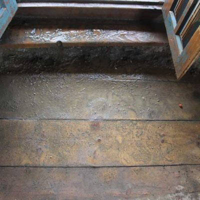 leak-floor