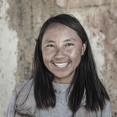 GLUNS_171026_1985_25  Age  Teacher, Karma Choenyi